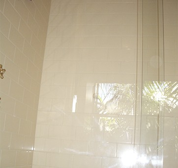 how to clean glazed ceramic shower tile with cleaning bubbles